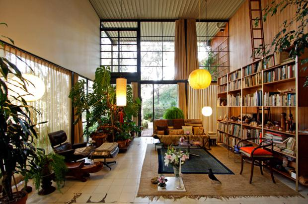 charles-ray-eames-case-study-house-08_620x411