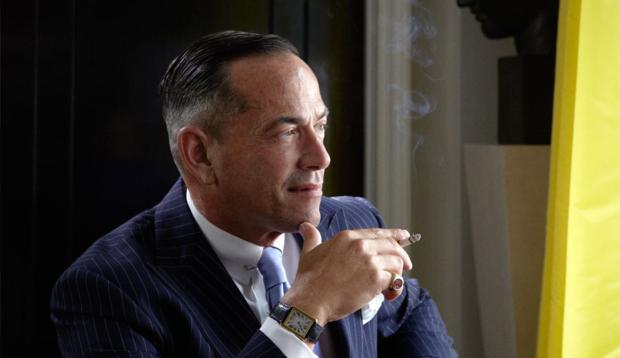 O americano Todd Alexander Romano em seu apartamento no Upper East Side, em Manhatan, Nova York.