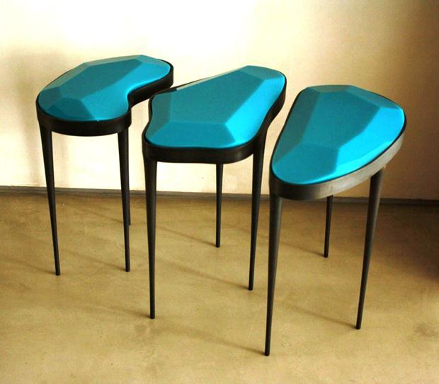 Mesas Simone Coste confeccionadas exclusivamente para colecionador novaiorquino.
