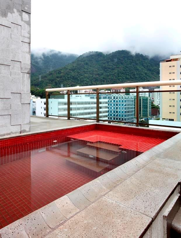piscina vermelha.JPG4 (Copy)