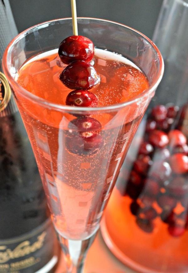 allCranberry-Cuvée-with-Freixenet-Sparkling-Wine-3 (1)