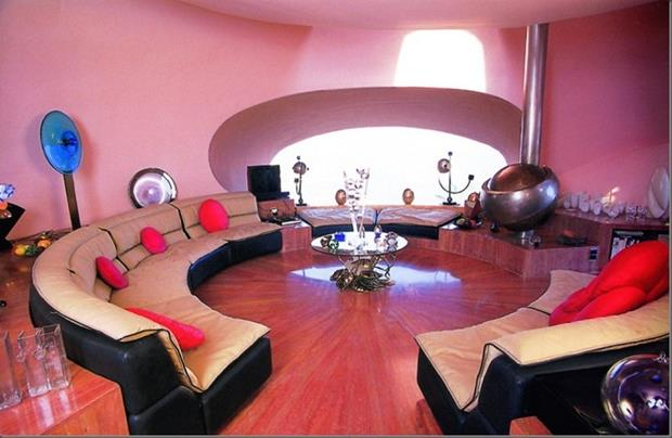 Pierre-Cardin's-Bubble-House-by-Antti-Lovag-designrulz-21 (Copy)