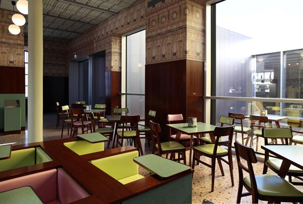 fondazione-pradas-bar-by-wes-anderson_designboom_028