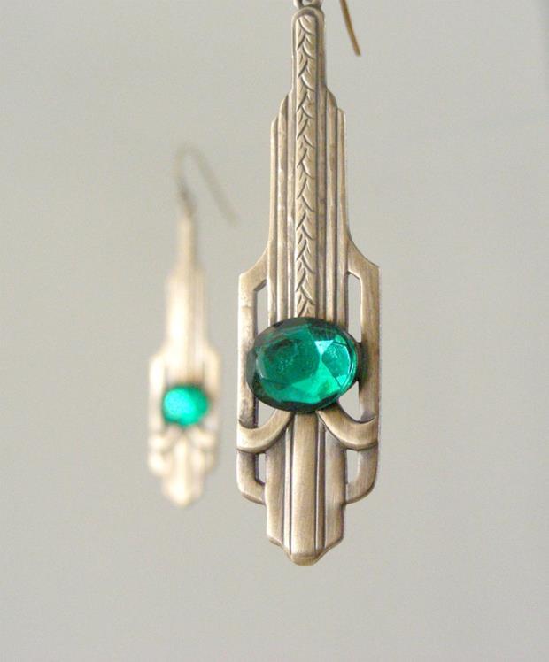 art deco emerald green earrings (Copy)
