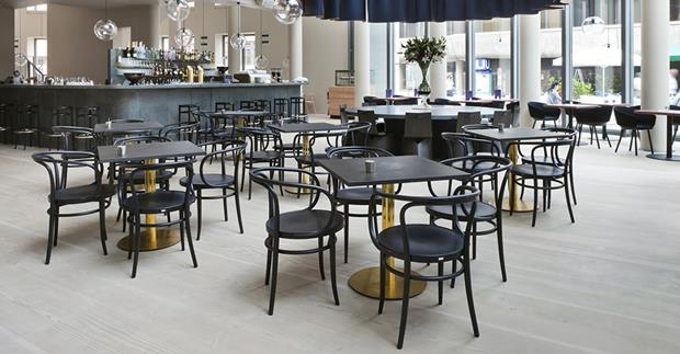TABLE Cafe, Restaurant, Bar in der Schirn Frankfurt / Stylepark