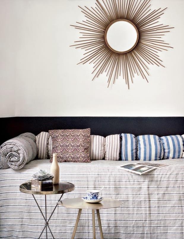 hotel-henriette-situe-a-quelques-pas-du-quartier-mouffetard-sizel-206171-1200-849 (Copy)