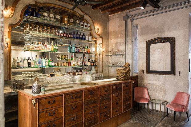 sacripante-art-gallery-rome-italy-giorgia-cerulli-interiors-designboom-04