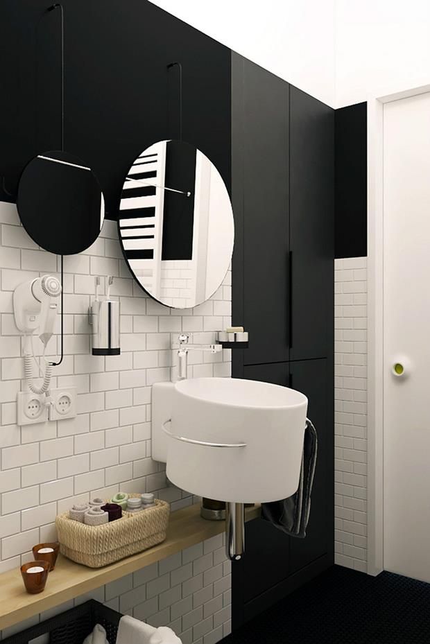 w Stylish-use-of-mirrors-in-the-bathroom (Copy)