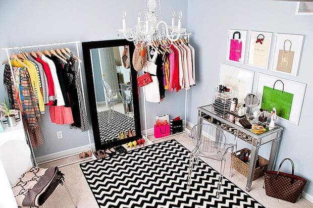 closet decorpad (Copy)
