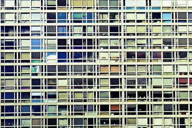 Uma foto como essa, de Rodrigo Kassab, representado pela Galeria Leme, em São Paulo, pode fazer a diferença no seu living.