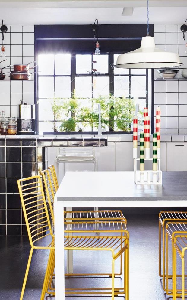 lulu-roper-kitchen-xlarge_trans++ljA5sgSOexHIwciz11Rxa_JD2qKDsF9ZPteTYhHNjfg (Copy)