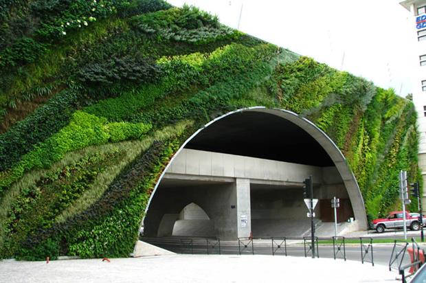 vert pont_max_juvenal_aix_en_provence_vertical-wall-garden (Copy)