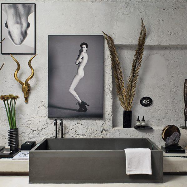 As texturas rústicas deram o tom no Banheiro Unissex 2 de Gustavo Neves.