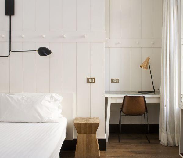 Alguns dos quartos contam com simpáticas varandas.