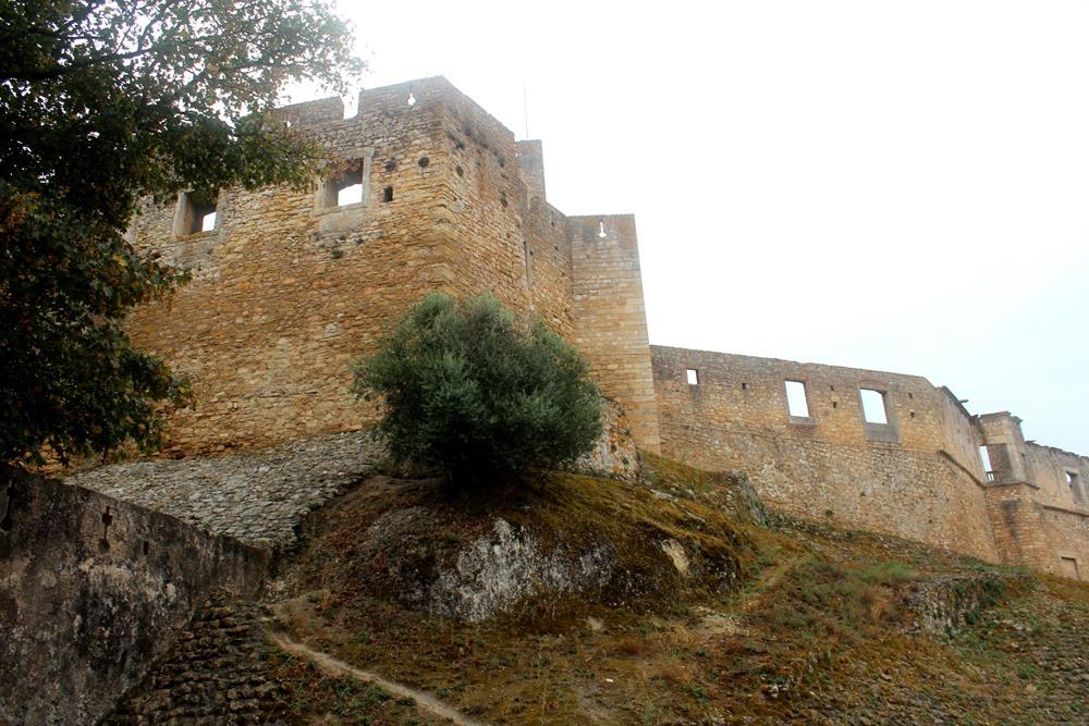 Muralha do castelo.