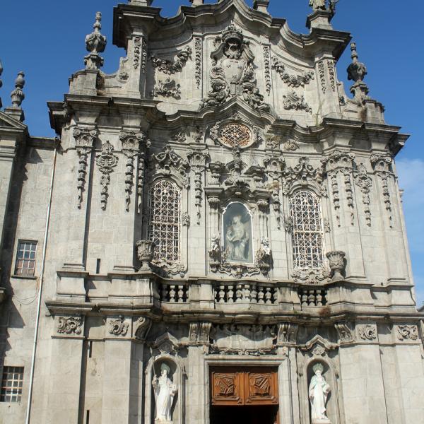 As igrejas, muitas, são todas lindas com ouro em larga escala nos altares. From Brasil, of course!