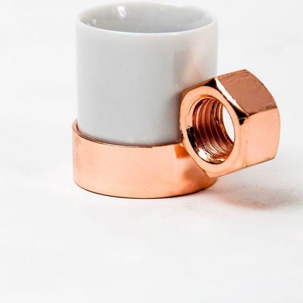 Os designers Leo Capote e Marcelo Stefanovicz, se juntaram para formar a @outraoficina.