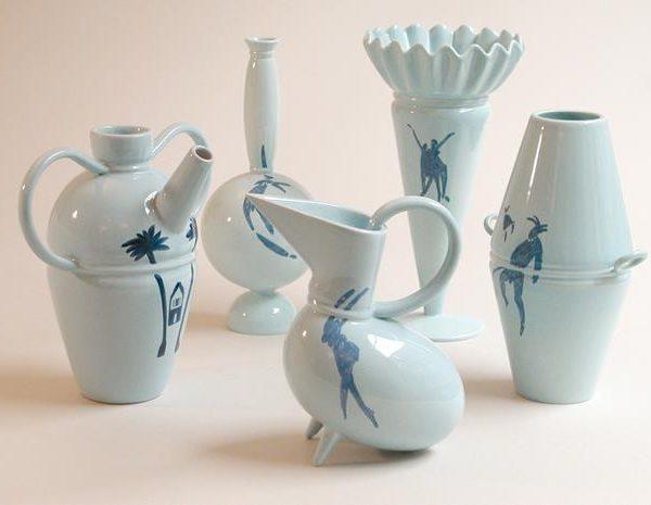 A cerâmica também é um dos suportes usados por Ugo la Pietra.
