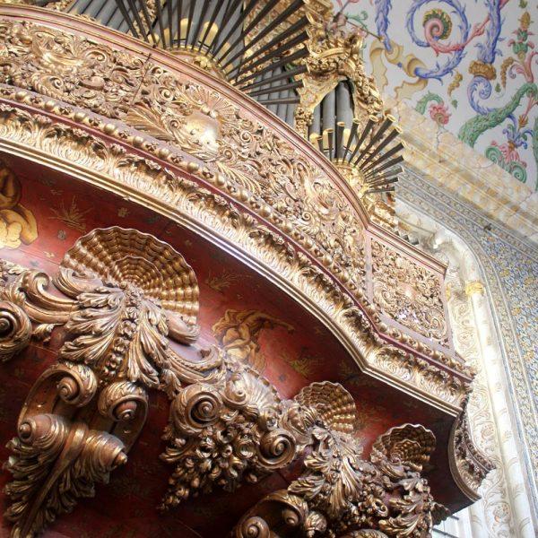 Órgão na Capela de S Miguel, usado em ocasiões especiais.
