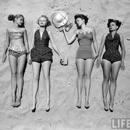 Arrumar tempo para ir a praia com as amigas de infância!!