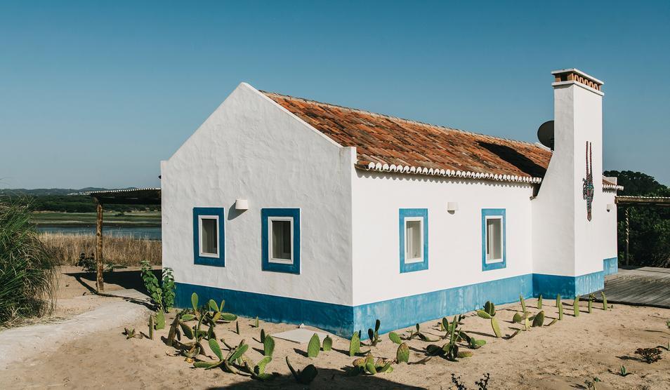 A casa ultra fofa de Christian Louboutin.