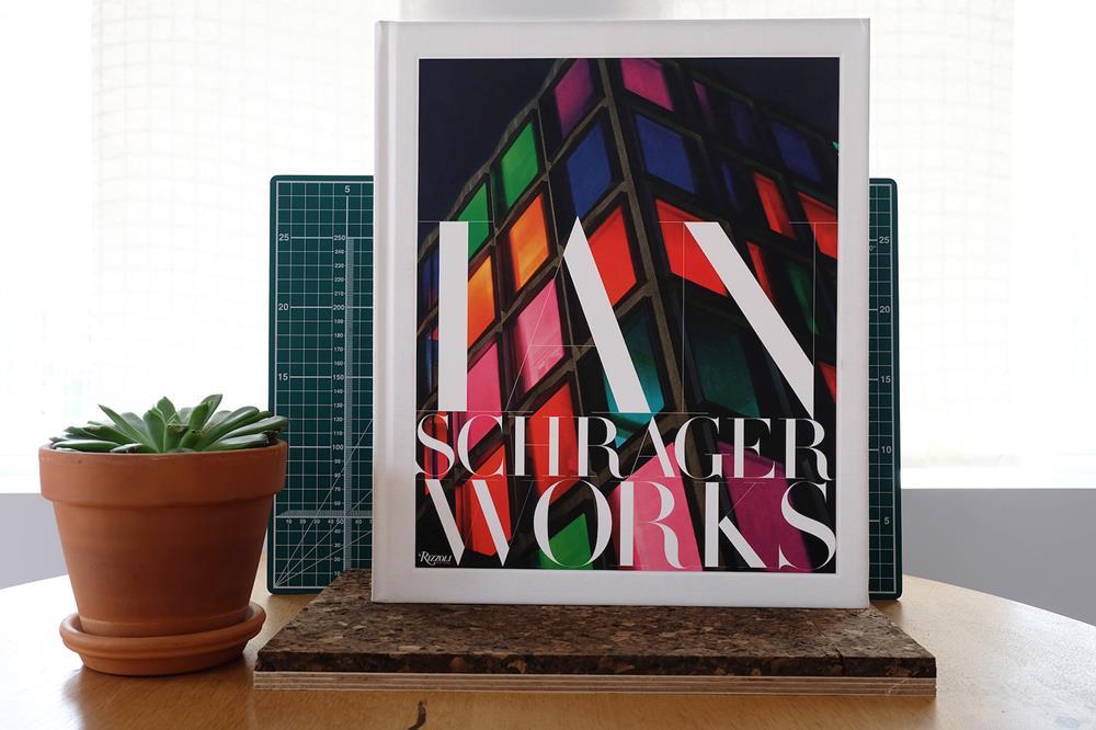 Capa do livro Ian Schrager Works.