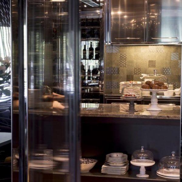 O projeto do restaurante ficou a cargo do escritório de Piero Lissoni