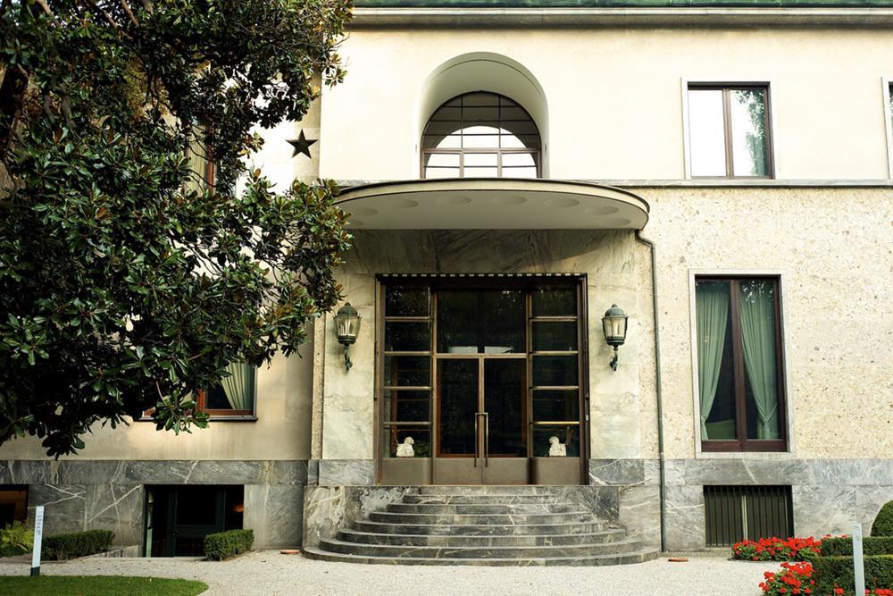 A fachada da Villa Necchi Campiglio, em Milão