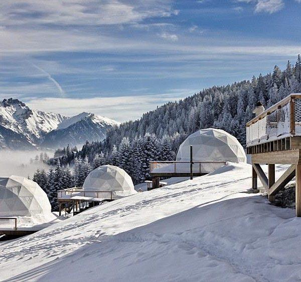 O Whitepod pode ser considerado um acampamento de luxo