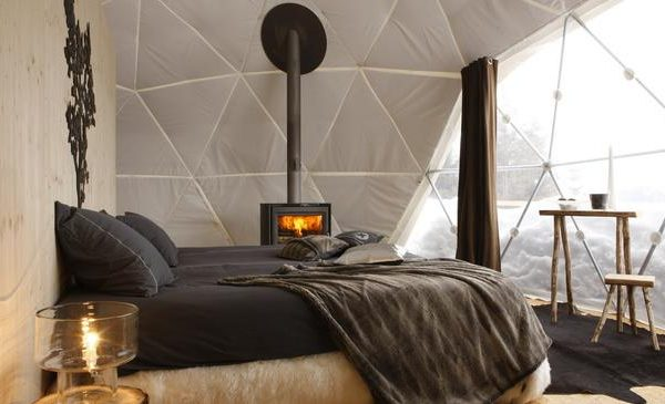 Um quarto confortável e paisagem deslumbrante. Quem precisa de mais?