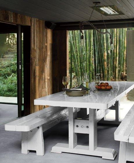 Mesa simples e muito charmosa