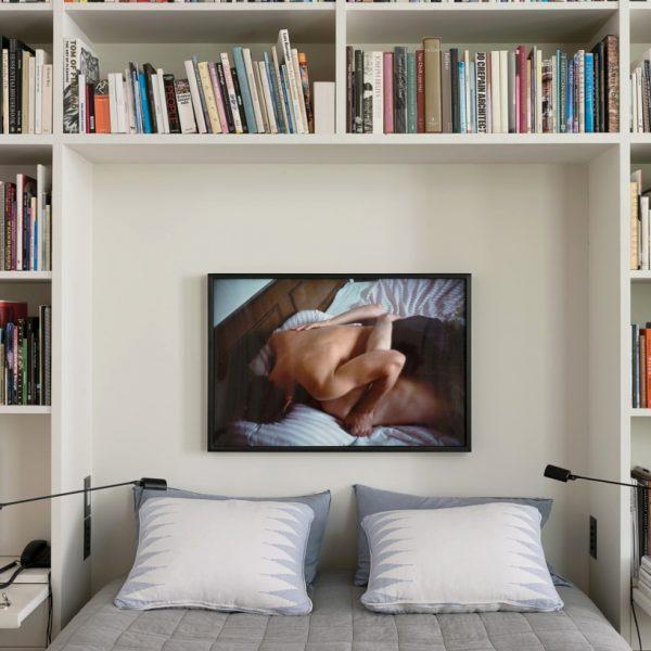 Foto sobre a cama, linda!