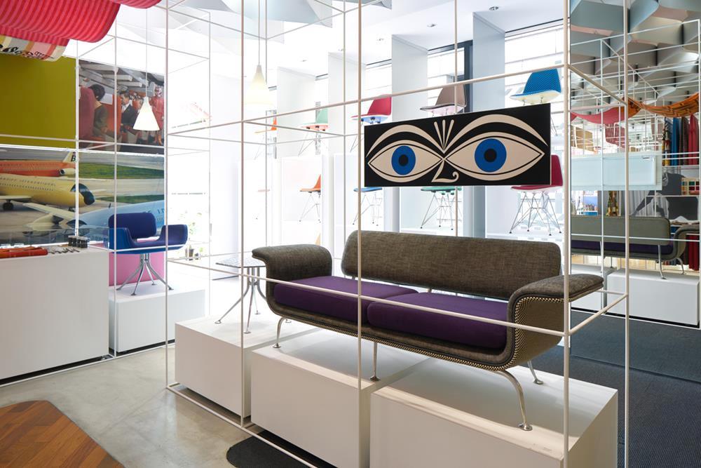Humor e design de primeira na flagship Herman Miller em Nova York