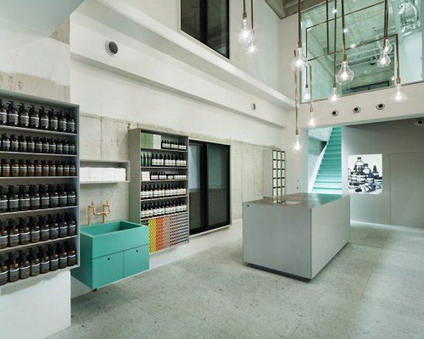 Torafu Architects é o escritório responsável também pela loja de Kyoto