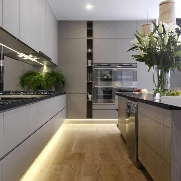 Esta cozinha na Austrália, recebeu iluminação sob os armários