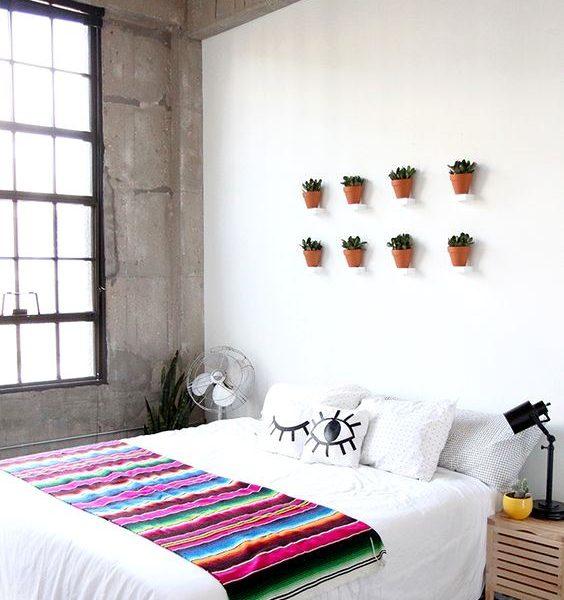 A simplicidade também favorece para que espaços pequenos pareçam maiores