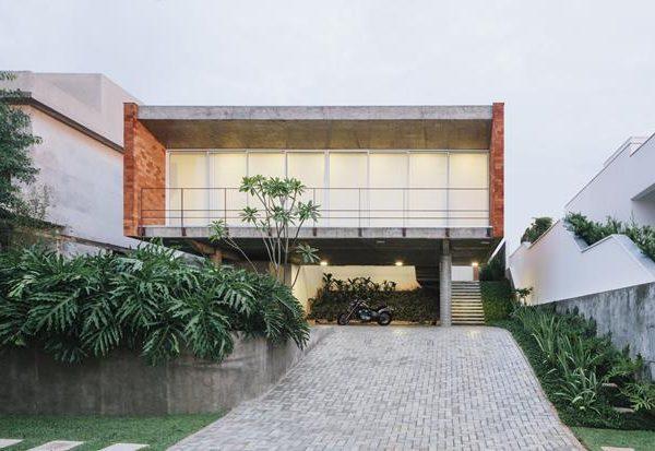 Projeto de Felipe Hsu Guimarães. Linda!