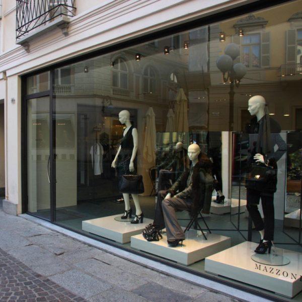 Mazzoni, multi-marcas em Asti, na Itália