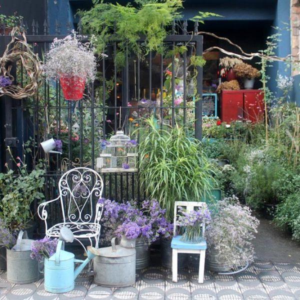 """A expertise de Marcelo como paisagista é evidente, e eu, que adoro um jardim com cara de """"casa de vó"""", me apaixonei no mesmo minuto"""