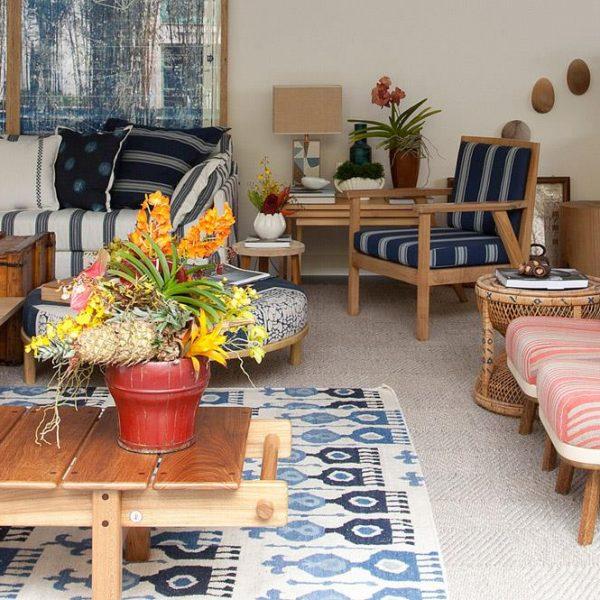 O azul predomina na Casa de Praia de Linhares