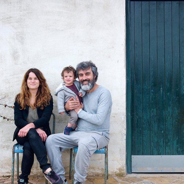 Benito Escat com o filho Telmo Benito, e sua esposa Ana Calonge