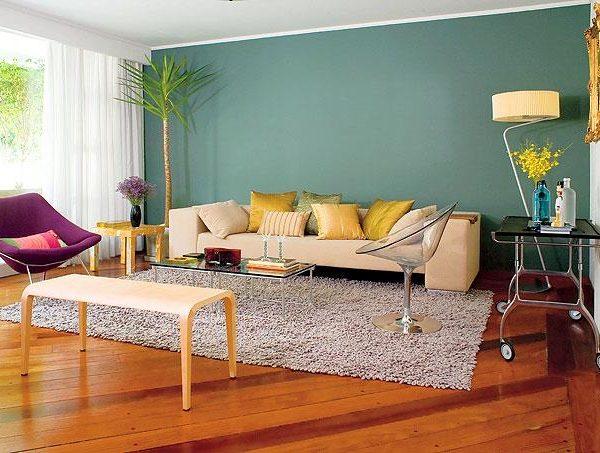 Um verde mais fechado fica perfeito com o piso avermelhado