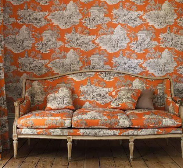 Estampar paredes e mobiliário com o mesmo tecido é sempre um acerto