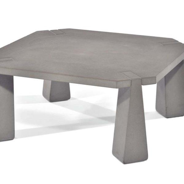 """As mesas assinadas pelo consagrado designer italiano são todas lindas e ultra modernas em """"quase 2018"""""""