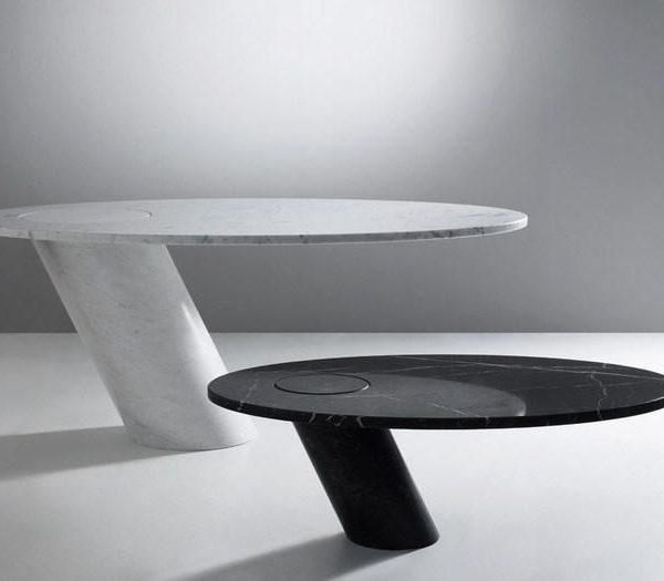 """Maravilhosa, a mesa foi batizada """"Eccentrico Table"""", e é de 1979"""