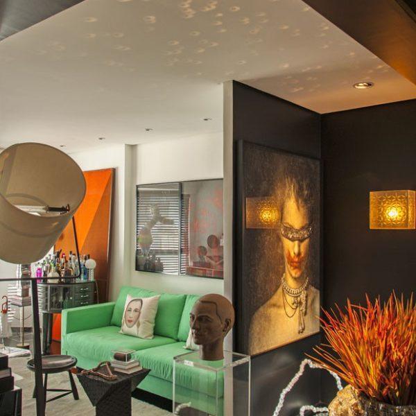 Living do apartamento de Max Crovato, no Jardins, em São Paulo
