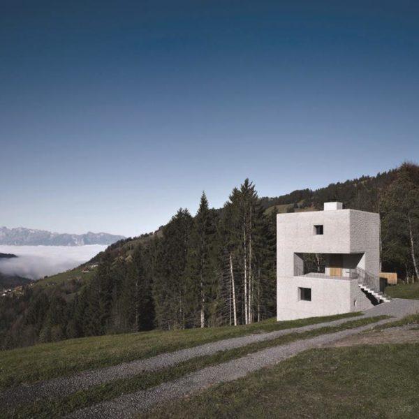 Na Áustria, La Montain Cabin, projeto do escritório Marte.Marte