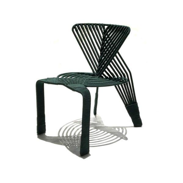 Bakairi, cadeira assinada pelo designer Sergio Matos