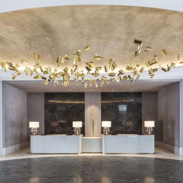 Patricia Anastassiadis assina o projeto do Palacio Tangara, hotel lindo em São Paulo