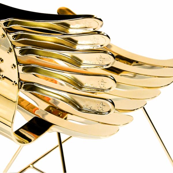 ESqueleto Chair em outro ângulo